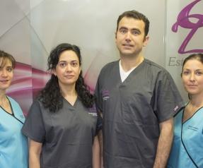 clinica-dental-esteban-salamanca-equipo-entrada